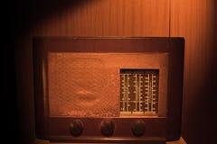 所有查出的徽标收音机被取消的葡萄酒白色 库存照片