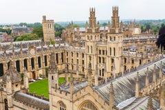 所有灵魂学院。牛津,英国 库存照片