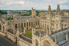 所有灵魂学院和牛津都市风景的鸟瞰图 库存图片