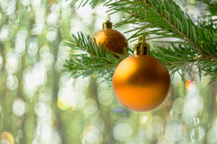 所有球是分行能圣诞节金黄例证缩放比例范围对结构树向量 免版税图库摄影