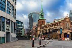 所有由塔教会尊敬在伦敦 免版税库存图片