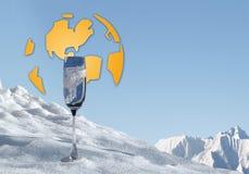 所有,全球性变暖和蓝色金子的水 免版税库存照片
