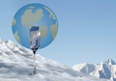所有,全球性变暖和蓝色金子的水 免版税库存图片
