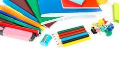 所有画笔轮廓色?查出金属笔铅笔统治者文教用品白色 库存照片