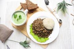 扁豆和奶油色汤 图库摄影