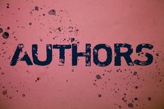 手写文本作者 概念意思作家新闻工作者诗人传记作者编剧作曲家创作者想法消息变粉红色backgr 免版税库存照片
