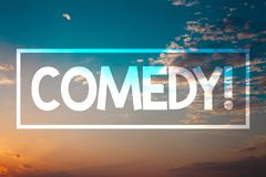 手写文本喜剧电话 概念意思乐趣幽默讽刺情景喜剧欢闹耍笑的娱乐笑的日落蓝色海滩ora 免版税库存照片