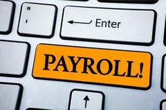 手写文本工资单诱导电话 意味总薪金的概念由公司支付了给在橙色Ke写的它的雇员 免版税图库摄影