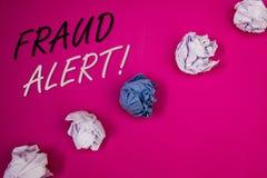 手写文本文字欺骗戒备诱导电话 被怀疑的概念意思安全消息欺骗活动 免版税库存图片