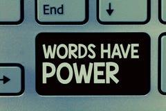 手写文本文字词有力量 概念意思能量能力愈合更加后面的帮助贬低并且欺凌 免版税图库摄影