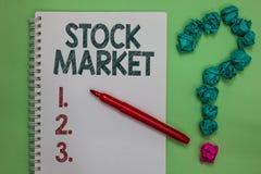手写文本股市 意味股票和证券被换或exhange笔记本标志crum的特殊市场的概念 免版税库存图片