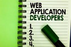 手写文本Web应用程序开发商 概念意思互联网编程的专家技术软件书面信和 免版税图库摄影