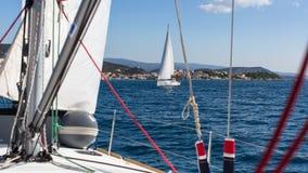 水手参加航行赛船会第16 Ellada 库存照片