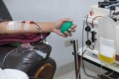 手和献血 免版税库存照片