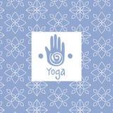 手图象瑜伽演播室设计卡片 库存照片