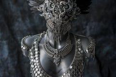 手工制造片断、银色首饰服装有链子的和硬币 我们 免版税库存图片
