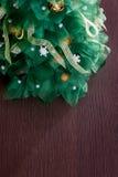 手工制造织品圣诞树 库存图片