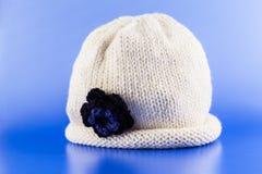 手工制造羊毛帽子 免版税库存照片