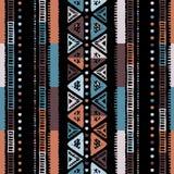 手工制造色的条纹明亮部族无缝 皇族释放例证