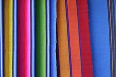 手工制造被编织的危地马拉纺织品 免版税库存照片