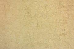 手工制造褐色被弄皱的艺术性的纸样式纹理 库存照片