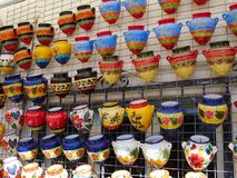 手工制造陶瓷罐、大农场主和花瓶Spai的广泛选择 免版税库存照片