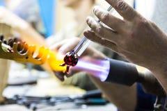 手工制造玻璃创造性的手工玻璃小雕象 库存照片