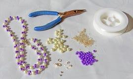 手工制造iewellery的辅助部件 库存照片