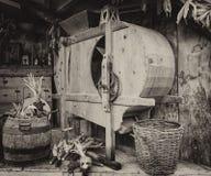 手工机器用于轰击玉米 免版税图库摄影