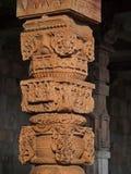 手工造柱子,印度 库存图片