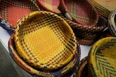手工造由干凤眼兰做的篮子 免版税库存图片