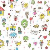 手拉的儿童绘画颜色无缝的样式 乱画chil 免版税库存图片