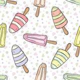 手拉的动画片冰淇凌乱画无缝的样式 免版税库存照片