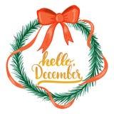 手拉的印刷术字法词组你好, 12月在与圣诞节花圈的白色背景隔绝了 乐趣刷子 免版税库存图片