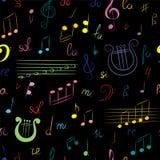 手拉的套的无缝的样式音符 五颜六色的乱画高音谱号、低音谱号、笔记和里拉琴在黑色 剪影styl 库存照片