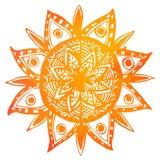 手拉的橙色水彩部族太阳 向量 图库摄影