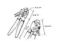 手拉的维度开罐头用具或开罐头刀 免版税库存照片