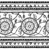 手拉的被绘的无缝的样式 黑白颜色 套墨水种族条纹和梦想俘获器 图库摄影
