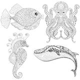 手拉的zentangle艺术性的章鱼,海马,鲸鱼,鱼fo 免版税库存照片