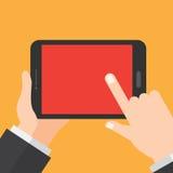 手拿着片剂 数字式设备 信息技术设计观念 免版税库存照片