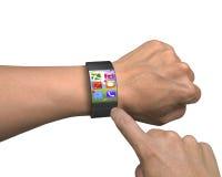 手指在超轻量级弯曲屏幕巧妙的手表的接触apps 免版税库存图片