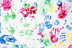 手指油漆在白色的手印刷品 免版税库存图片