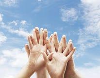 手指面带笑容 免版税库存照片