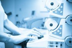 手术室机械,麻醉的分配器 免版税库存照片