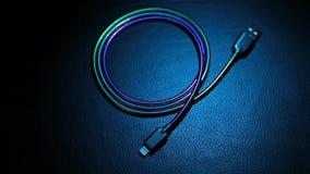 手机充电器缆绳皮革背景hd英尺长度没人 股票录像