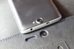 手机数字照相机 智能手机摄象机镜头特写镜头 图库摄影
