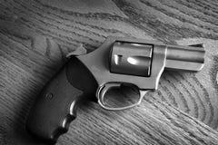手枪手枪射击的自卫或Mili的特写镜头触发器 库存图片