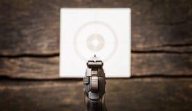 手枪,目标,后瞄准器,五谷 免版税库存图片