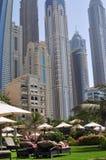 手段在迪拜海滨广场 免版税库存图片
