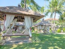 手段懒人在庭院,巴厘岛里 免版税库存图片